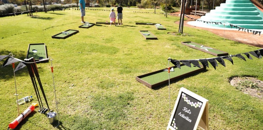 Outdoor mini golf for an event